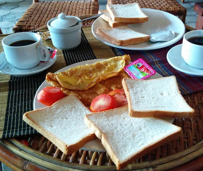 Breakfast at Oral d'Angkor
