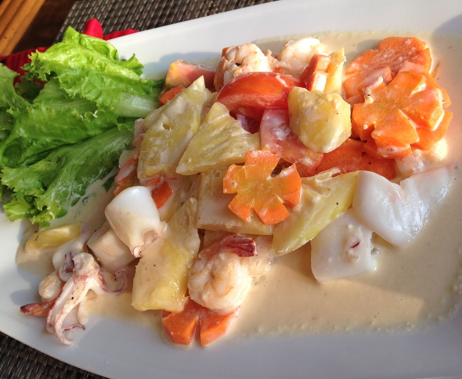 Moorea Beach Salad
